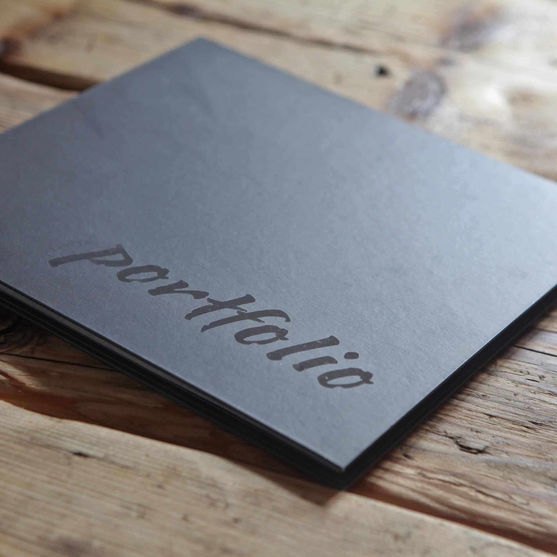 GRAFOX - Copertina cartonata con personalizzazione lucida